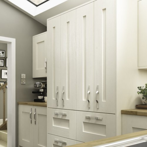 Austin is a traditional shaker kitchen design