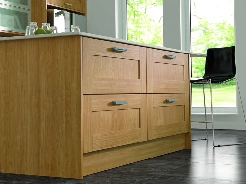 Give your home the heart of Oak with a kitchen in our Oakham range