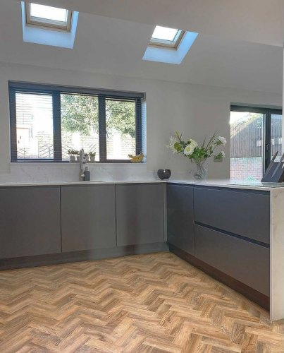 new york handleless grey kitchen with kitchen island and marble worktop